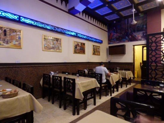 عناوين أشهر مطاعم أسوان