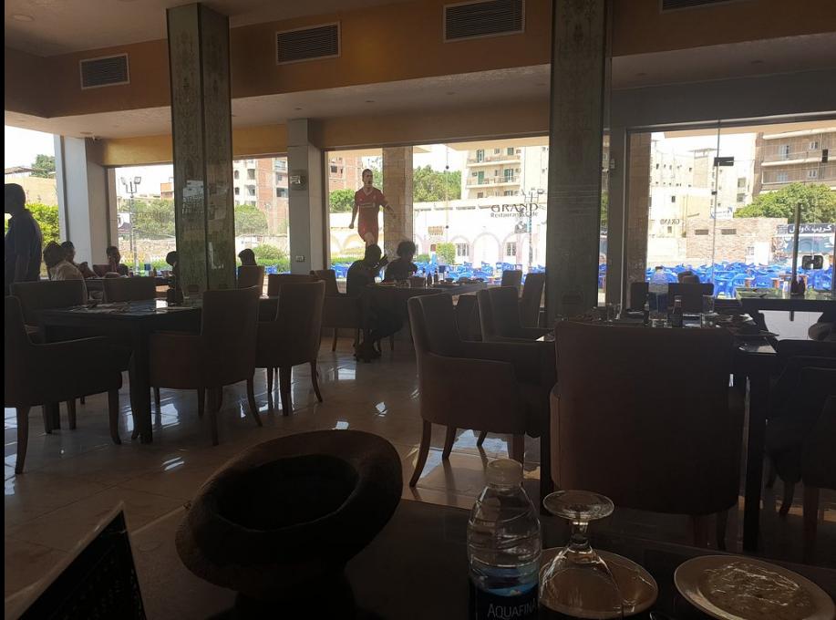 عنوان مطعم جراند رستورانت فى أسوان